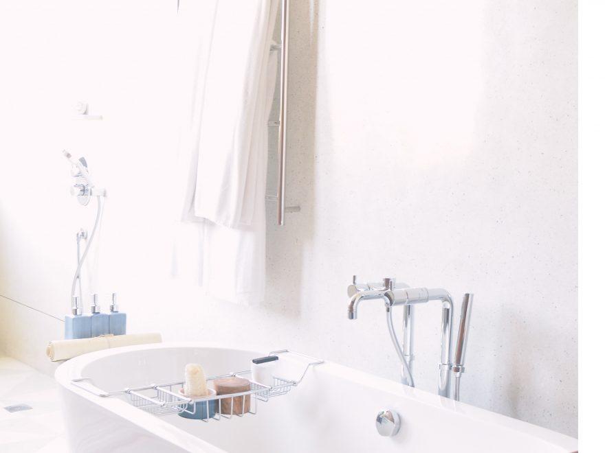 Frisk badeværelset op med emaljering af badekar